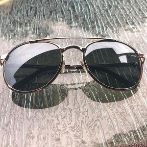 8cbb1e4264 Quay Australia Accessories - Quay Australia Sundance Sunglasses